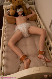 bondage crib